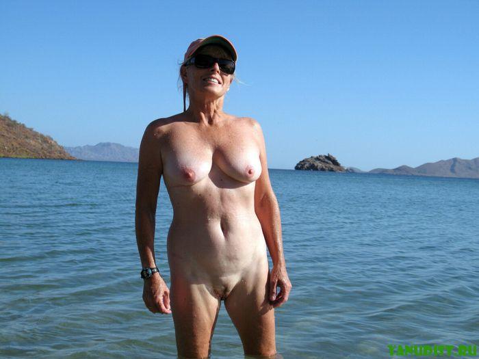 Фото голых старух нудисток фото 203-393