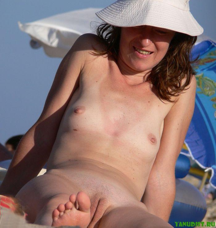 Секс на нудийском пляже без смс и регистрации 17 фотография