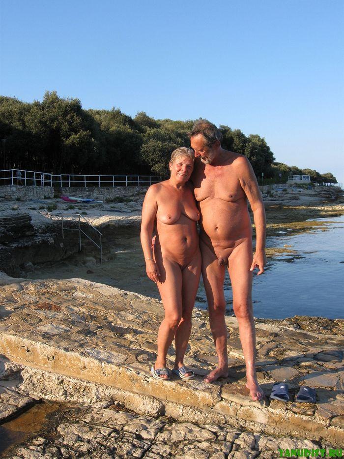 Нудисты старики и наблюдения с крымского Фороса