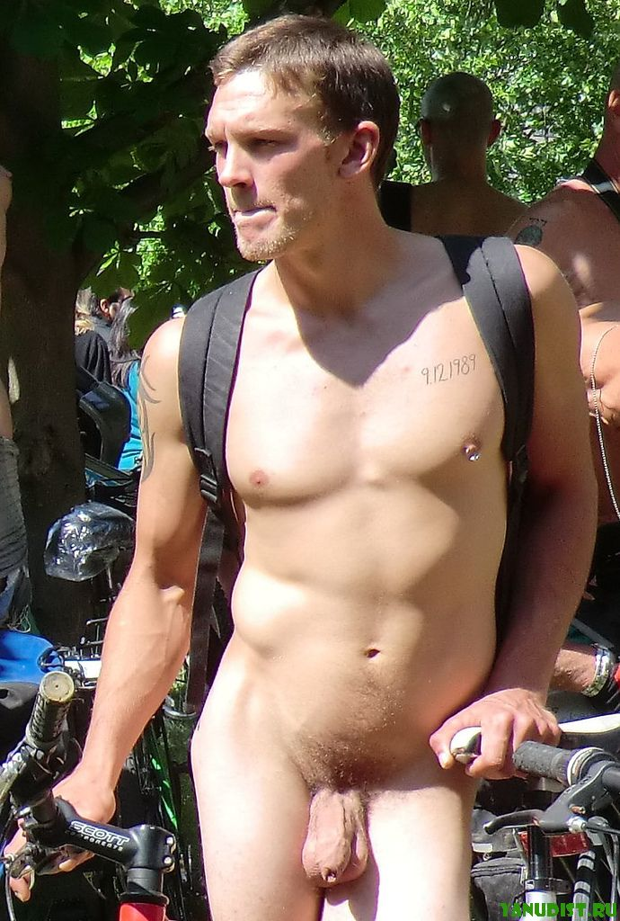 Смотреть парни голые 18 фотография