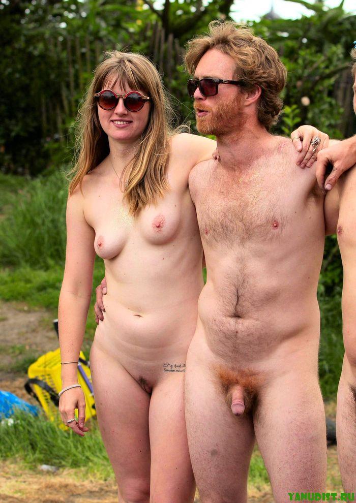 Семьи русских нудистов отдыхают на природе фото 504-915