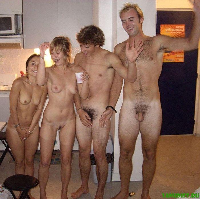 Семейные фото голышом дома фото 365-472
