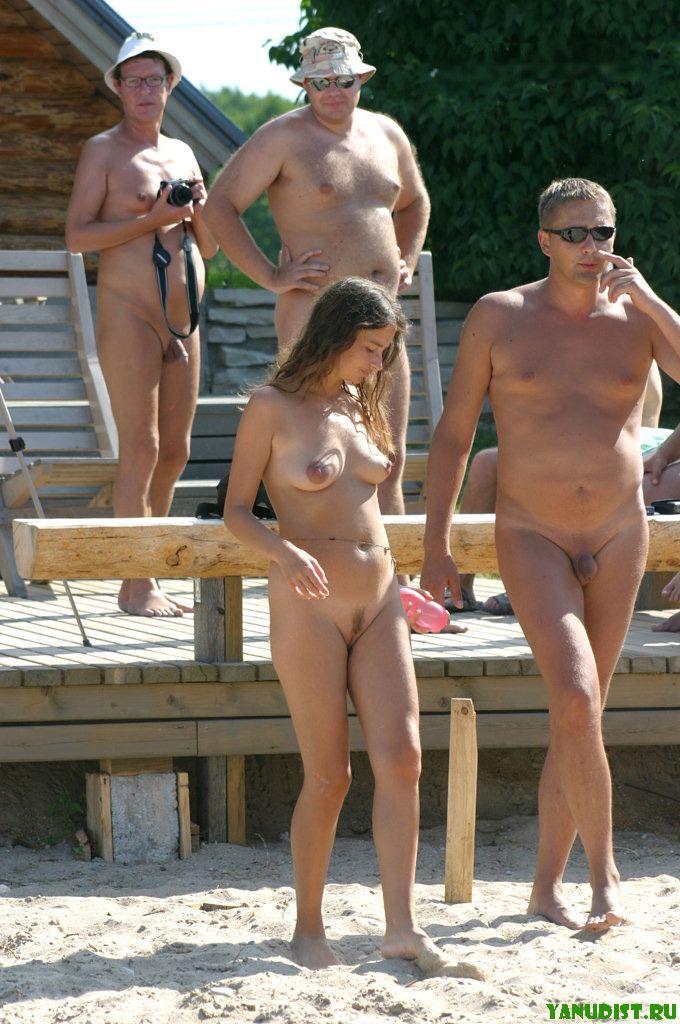 porno-nudisti-semi