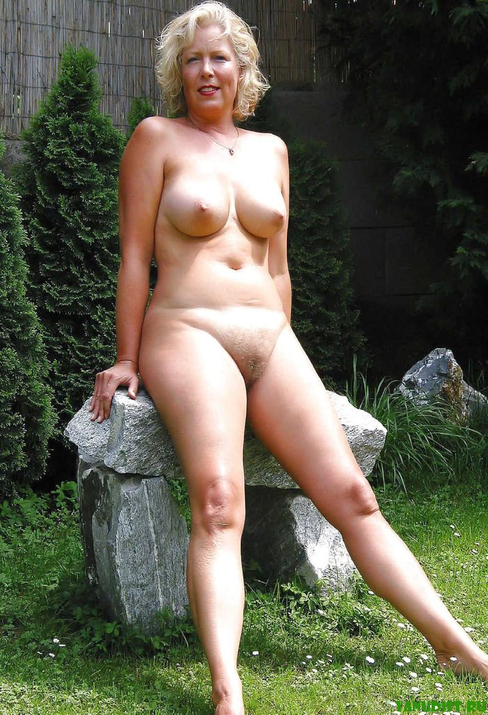 Free photos of nude mature women old women with hairy.