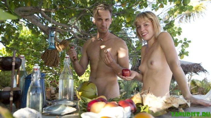 Нудисты России проводят свои выходные на пляжах и природе