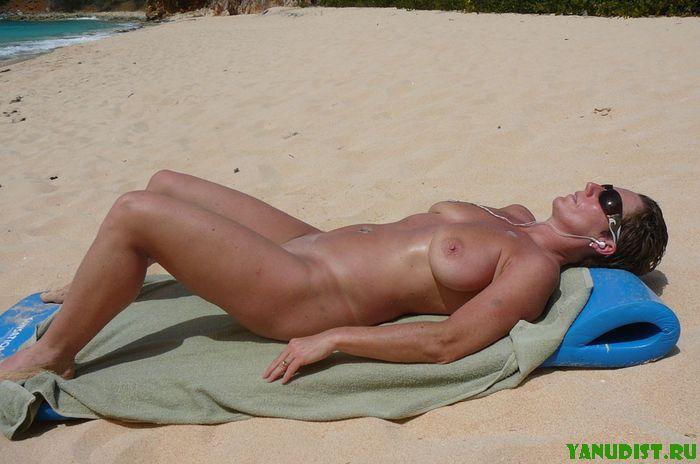 Фото голых нудисточек  в возрасте