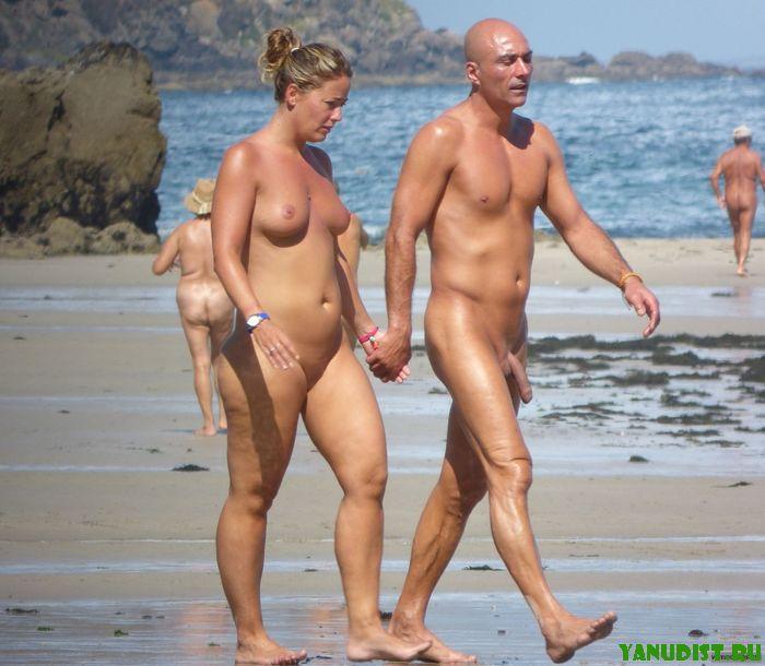 Голые мужики на пляжи фото 563-27