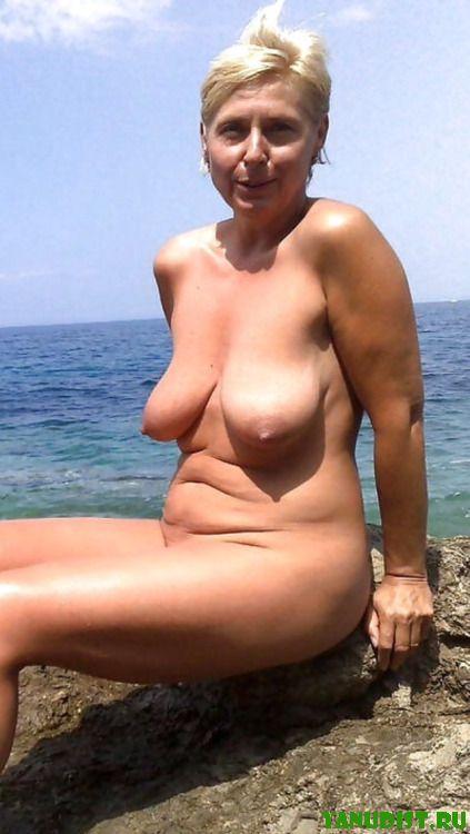 Жаркое лето нудистов