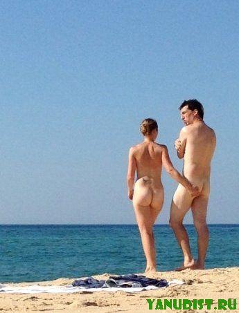 Отдыхаем семьей на нудистском пляже