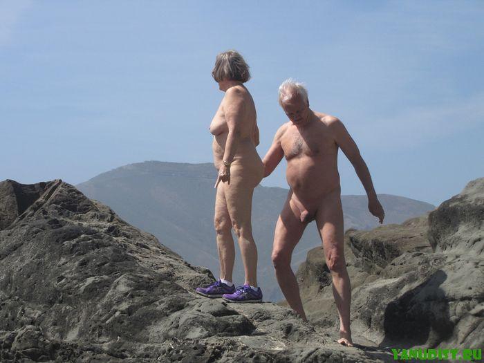 Зрелые нудисты знают, где раздобыть новые ощущения