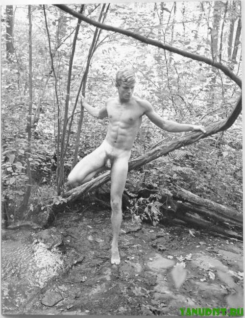 Старинные фоточки голых людей
