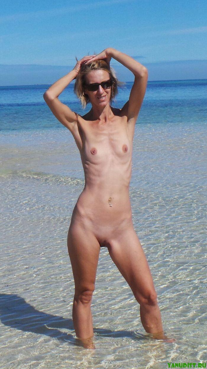 Фото крупным планом на пляже нудистов 18 фотография