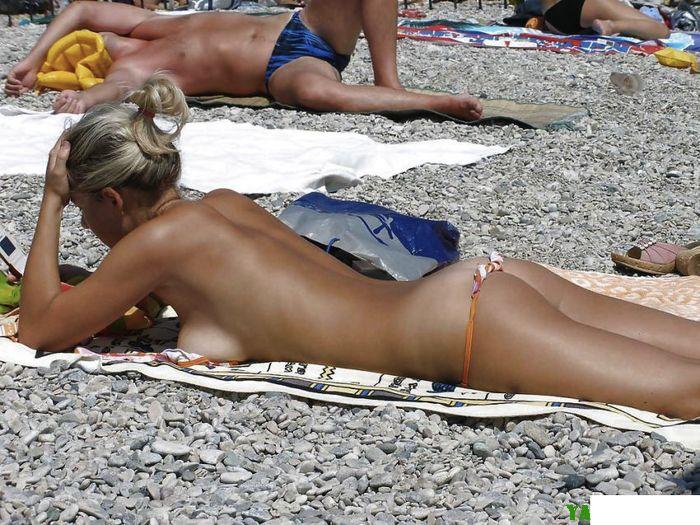 Даже тоненькие бретели купальника помешают получить нормальный загар