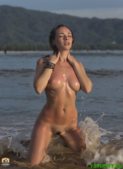 Отличный отдых на нудистском пляже