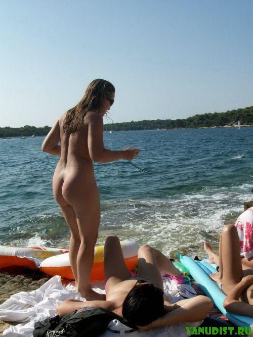 Любимый пляж всегда в почете