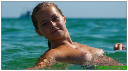 Рады приветствовать на нудистском пляже