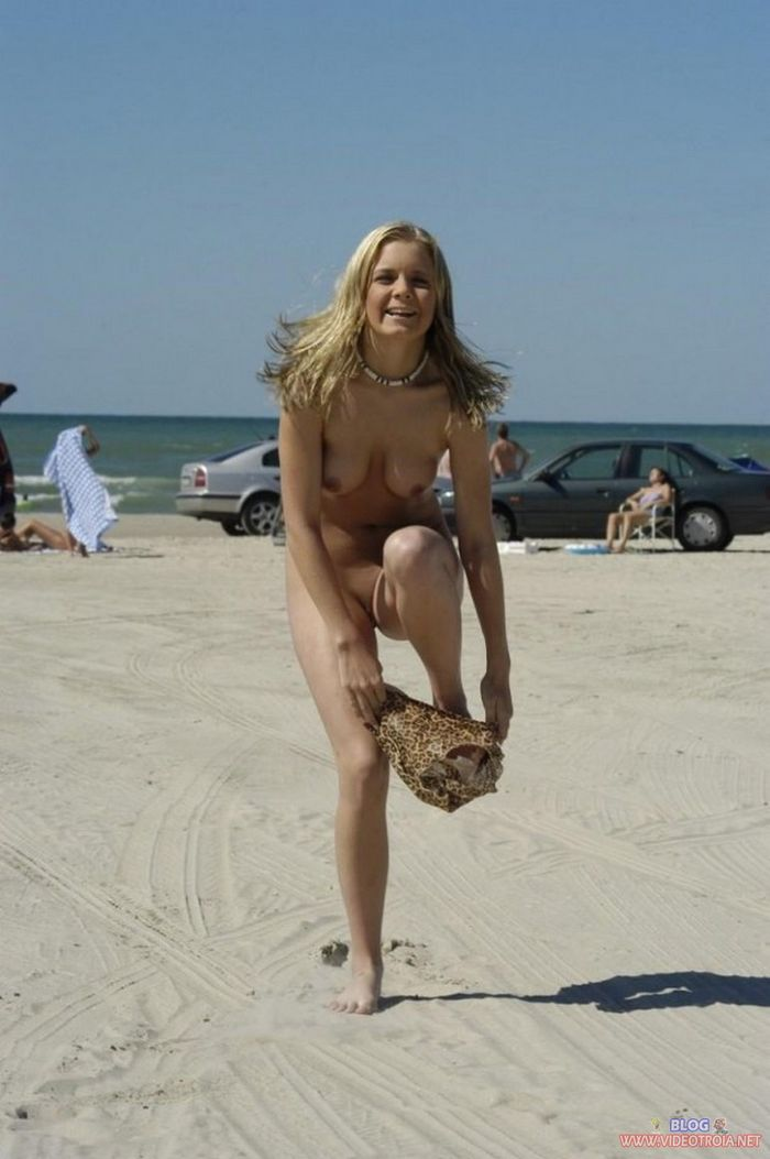 Amateur-Shaved-Oiled-Blonde-Nudist-with-Tramp-Stamp-10