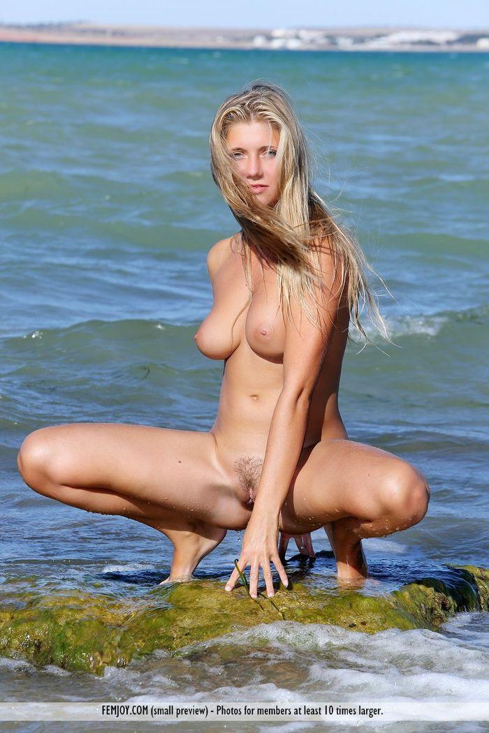 Русские нудисты на голом пляже впервые