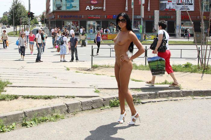 Shaved-Naked-Brunette-Babe-Ashley-Bulgari-with-Erect-Nipples-Wearing-Sunglasses-3