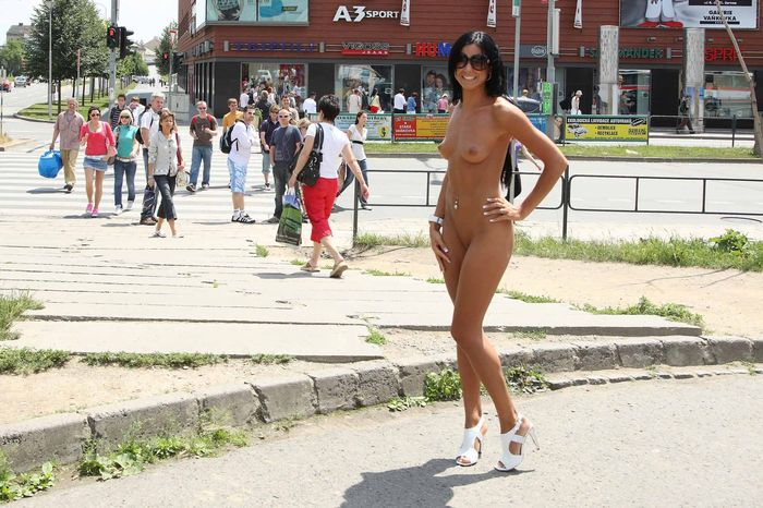 Shaved-Naked-Brunette-Babe-Ashley-Bulgari-with-Erect-Nipples-Wearing-Sunglasses-4