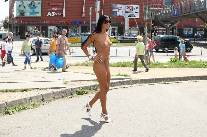 Shaved-Naked-Brunette-Babe-Ashley-Bulgari-with-Erect-Nipples-Wearing-Sunglasses-9