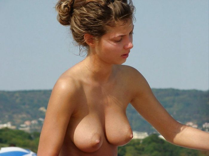 Mixed-Set-of-Amateur-Nudists-with-Swollen-Breasts-20_1