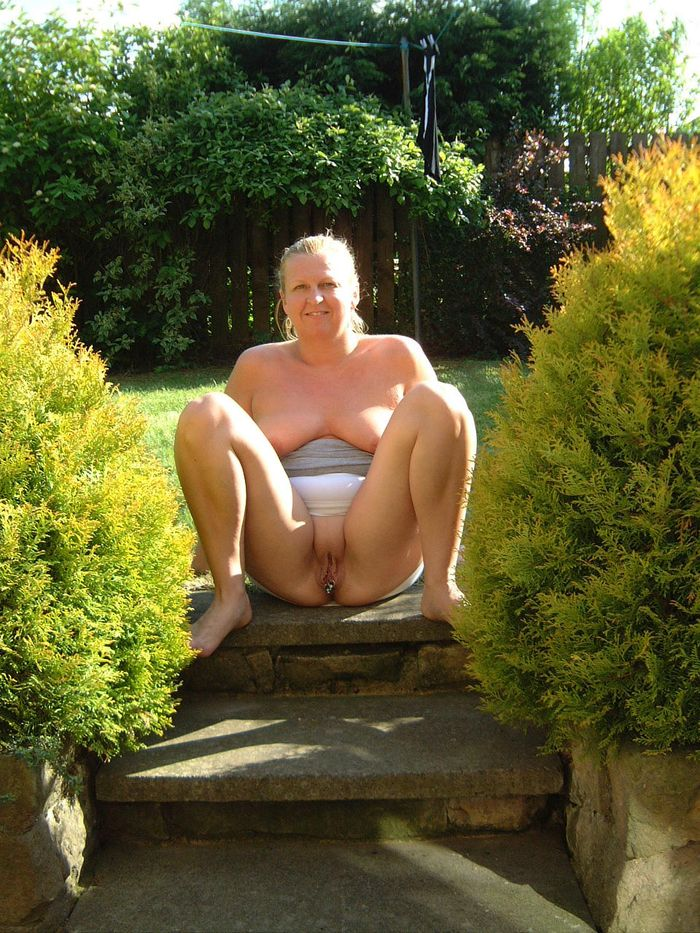 OLD_NUDISTS_a_008_1