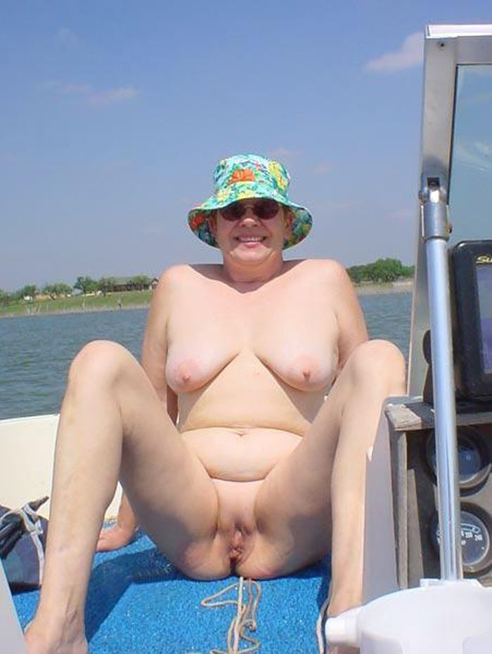 OLD_NUDISTS_mumshow05_1
