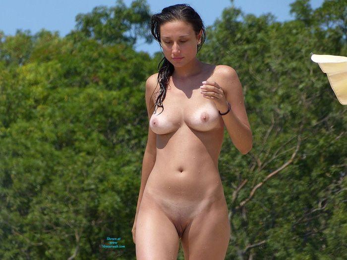 Молоденькие нудисточки   фото бесплатно в сети!